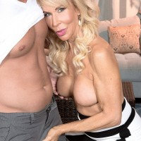 Leggy MILF over 60 Erica Lauren having her granny pussy licked out