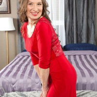 MILF over 60 model in red dress and pantyhose seducing sex from younger man