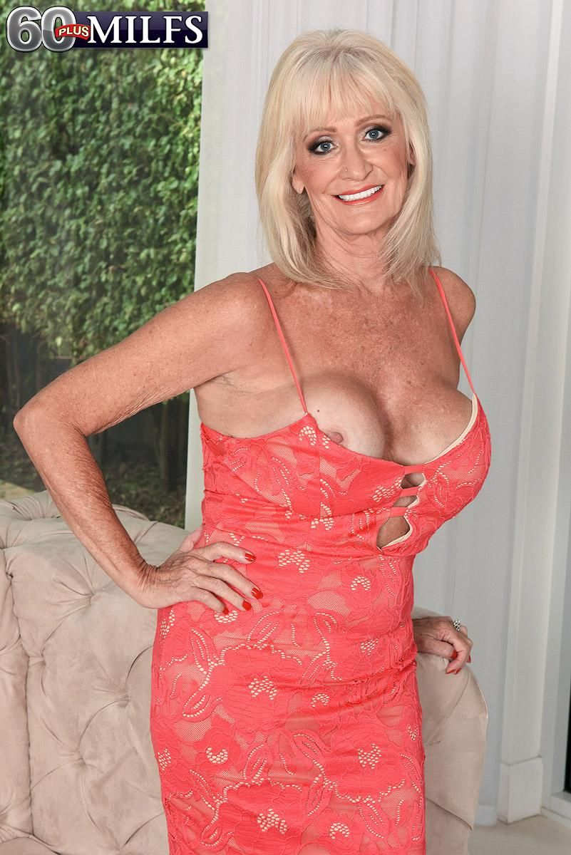 Blonde MILF Over 60 Leah L'Amour looses her firm tits while attracting a boy
