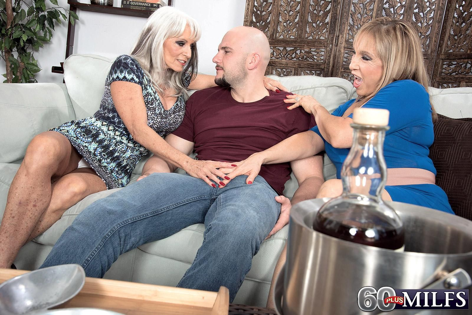 MILF Over 60 Sally D'Angelo and a hot GILF swap cum after giving a double BJ
